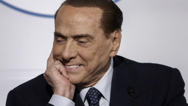 «Лечу на день рождения к другу»: Берлускони бросил партийные дела ради Путина