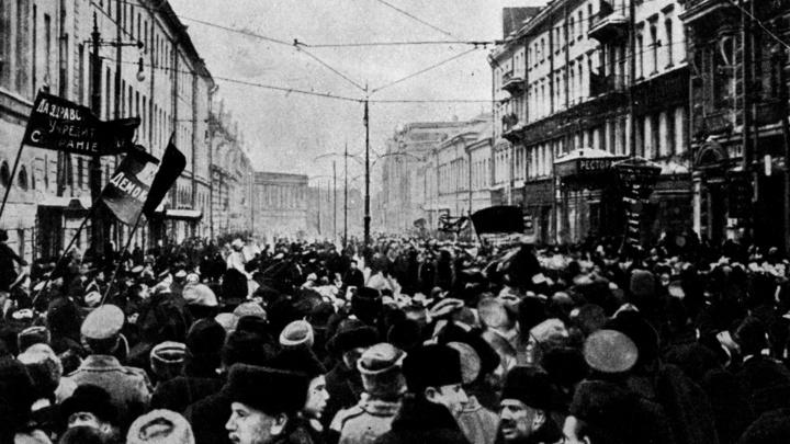 Чехи в комиксах изобразили кровавые события революции 1917 года в России