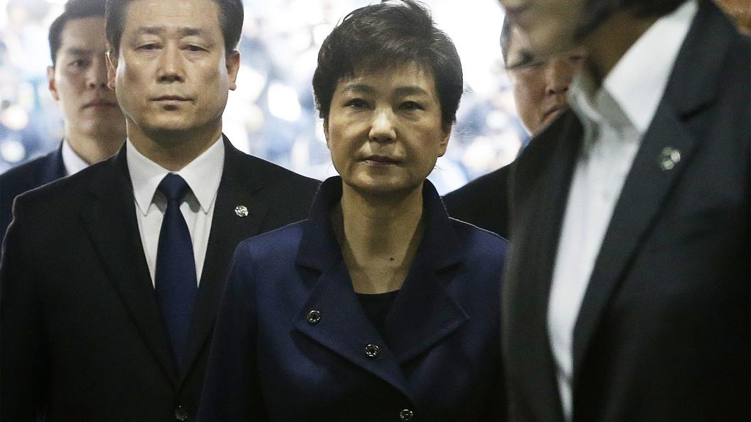КНДР заочно приговорила к казни экс-президента и главу разведки Южной Кореи