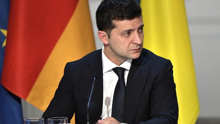 Зеленский простил внучку Муссолини, наблюдавшую за выборами в Донбассе