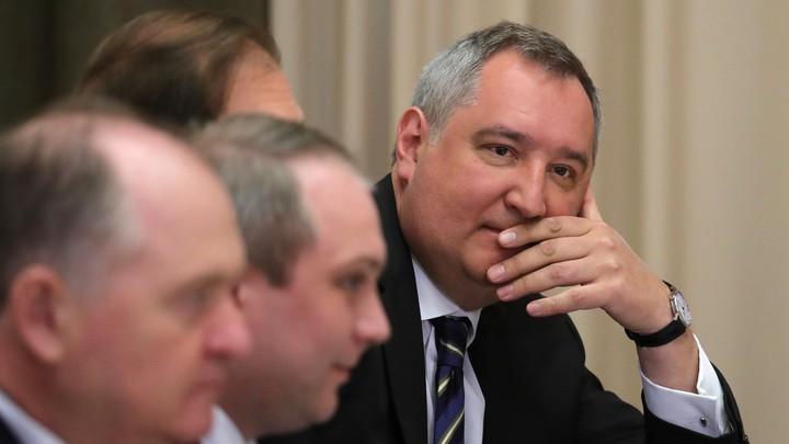 Рогозин порадовался возросшему на треть товарообороту России и Китая