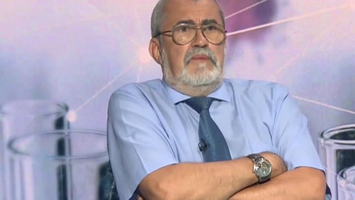 Миф о безвредности вакцин решительно разрушил русский профессор: Это враньё