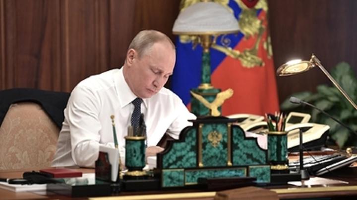 Десятка губернаторов «на вылет»: СМИ гадают, кого уволит Путин