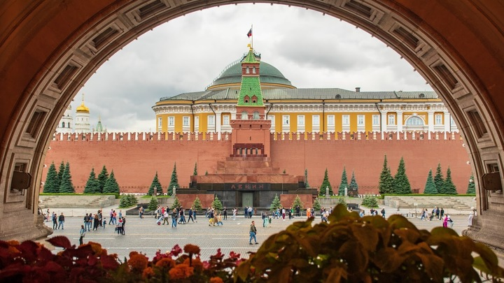 Американцы бегут в Россию: Мария Захарова сообщила о запросах от сторонников Трампа