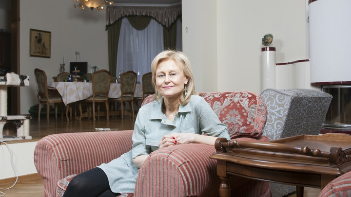 Дарья Донцова избавилась от опухоли, придя в монастырь