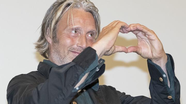 Борщ как произведение искусства: Сыгравший Ганнибала актер сделал гастрономическое признание