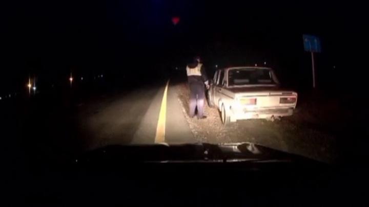 Гулять, так гулять: в Самарской области пьяный водитель без прав ехал на автомобиле без номеров
