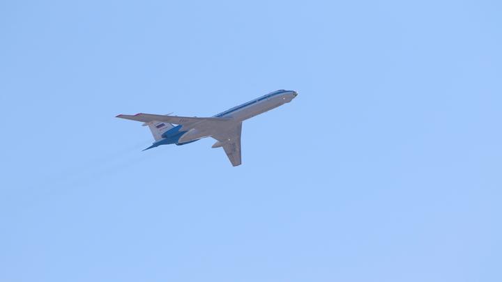В Екатеринбурге пилота заходящего на посадку лайнера почти ослепили лазером