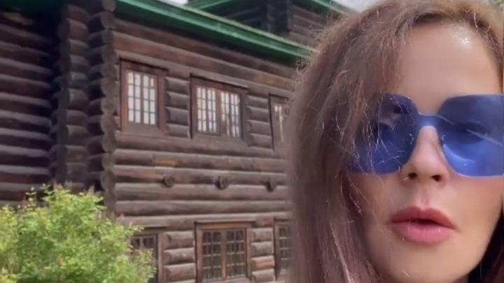 Екатерина Андреева посетила Церковь Декабристов и читинский дацан