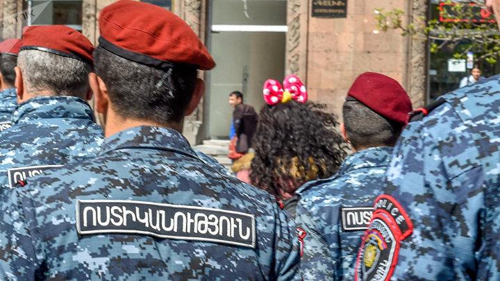 Войска полиции отправлены в Сюникскую область Армении перед прибытием Пашиняна