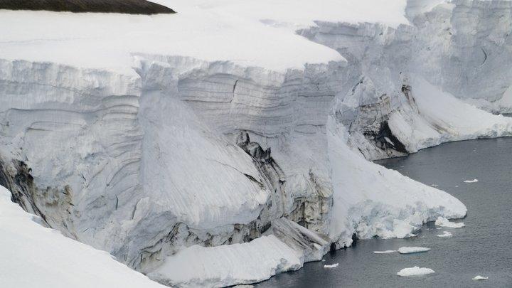 Ученые показали, как «поют» антарктические ледники - видео