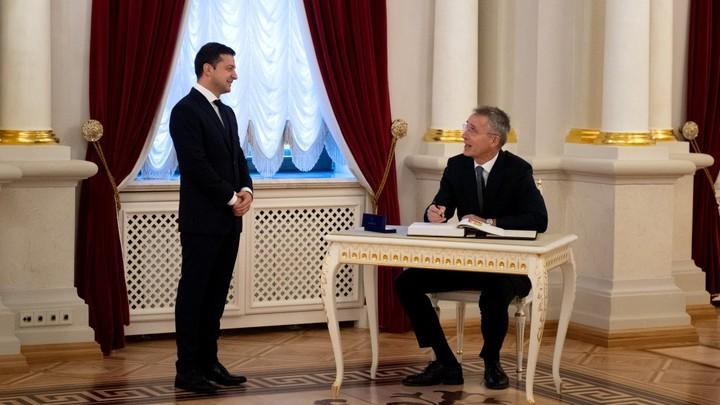 Что забыли США на Украине? Американский историк назвал стремление Киева в НАТО дорогой к войне с Москвой