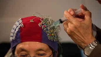 Российские ученые нашли универсальный способ реабилитации после инсульта