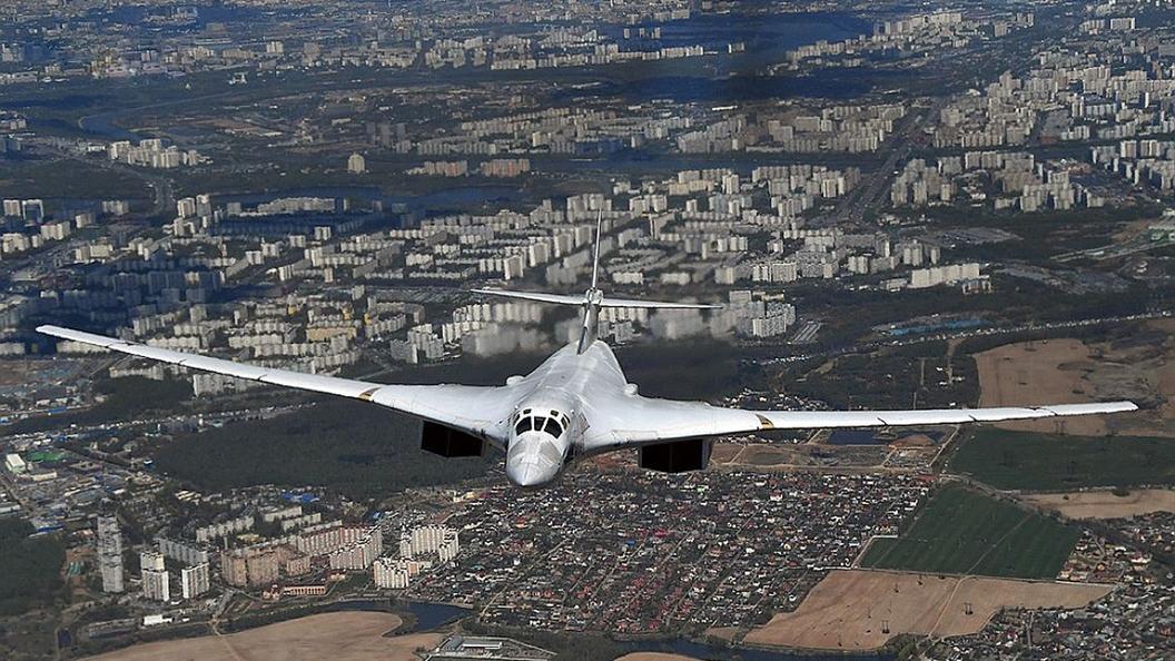Русский военный самолет появился в небе над Вашингтоном: видео