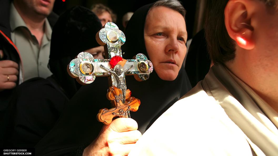 Неменее 65 тыс. человек поклонились мощам святителя Николая Чудотворца в столице России