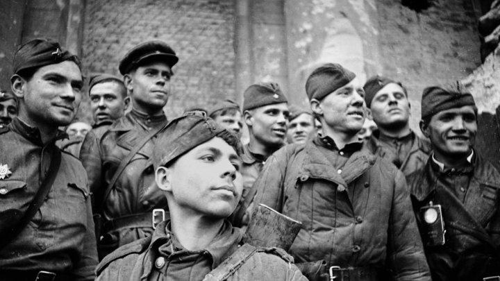 Это точно нашей армии список?: Спецкор Смирнов показал странный перечень погибших в Великую Отечественную войну