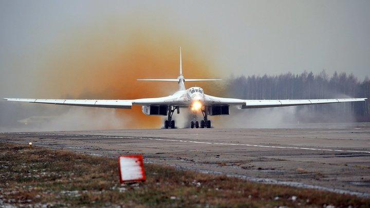 Тройной форсаж, японский дрифт: Устаревшие Ту-160 обогнали американские истребители