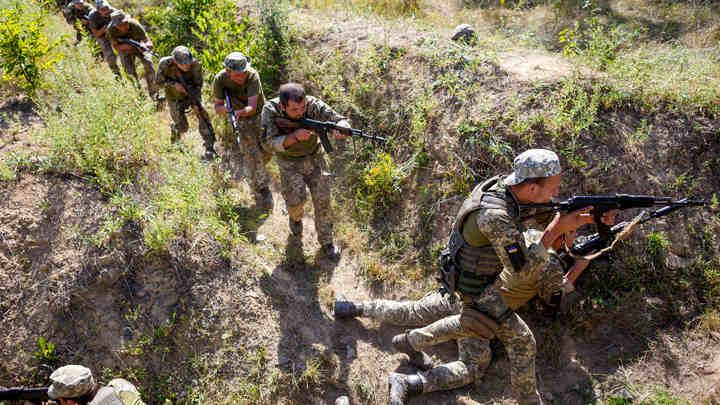 ВСУ ударили гранатомётами по пригороду Донецка: Ранены двое