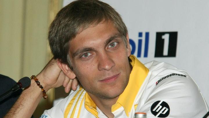 Гонщик «Формулы-1» Виталий Петров не примет участия в Гран-при Португалии из-за убийства отца
