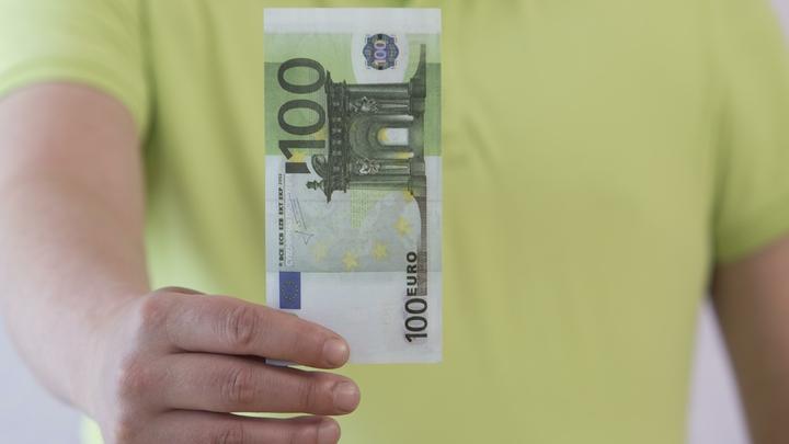 Стало известно, когда в Румынии появятся евро