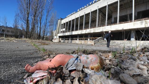 Украина тушит самолетами пожар в зоне отчуждения Чернобыльской АЭС