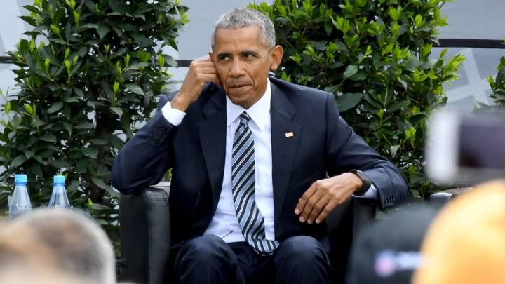 Биографию Барака Обамы почистили, стерев всё об убийстве дипломатов и контрабанде