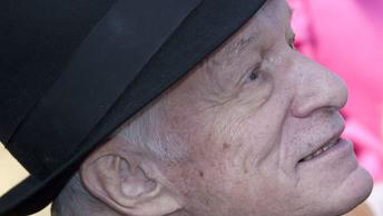 Хефнера похоронят в выбранной им могиле рядом с Мэрилин Монро