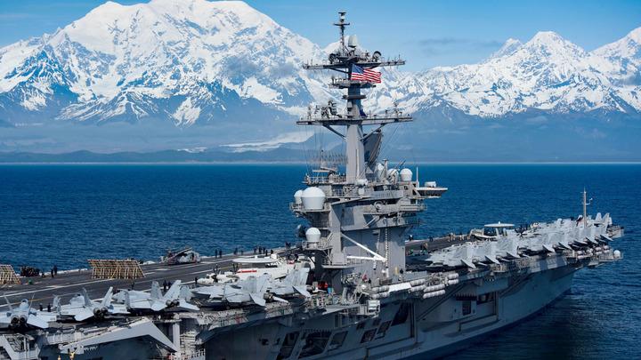 Удалять весь экипаж не будем: В ВМС США нашли выход из ситуации с Теодором Рузвельтом