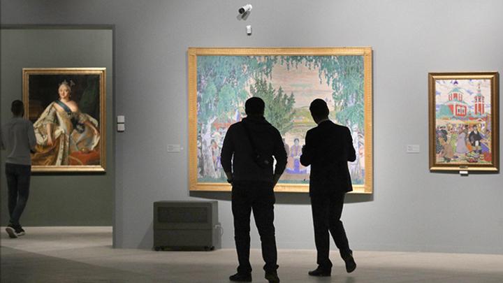 Это вам не «айфон»: Почему сокровища музеев России собирают огромные очереди