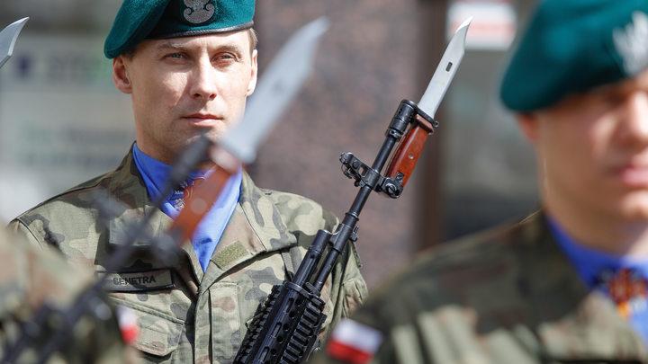 Для чего Польша надувает мускулы?