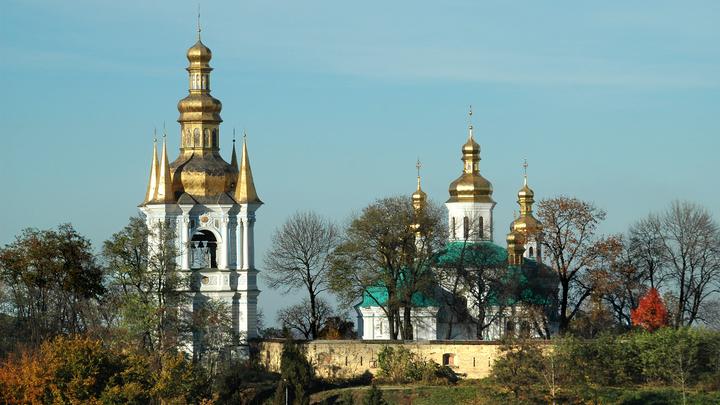 Минкульт Украины пригрозил отобрать у православных Киево-Печерскую лавру «за нарушения»