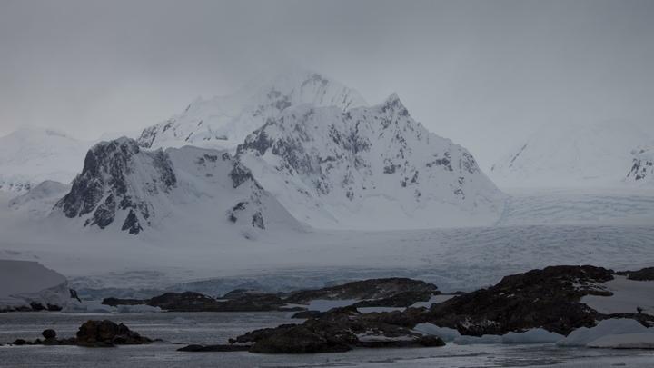 На юго-западе Антарктиды откололся айсберг размером с две Москвы