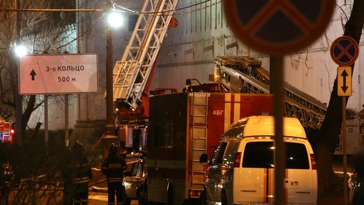В центре Москвы загорелся ночной клуб