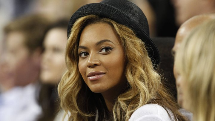 Бейонсе возглавила список Forbes наиболее высокооплачиваемых певиц