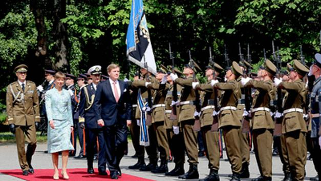 Эстонский полковник пригрозил русским быстрой смертью