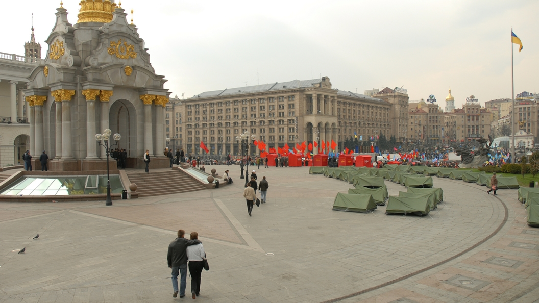 Верховная рада требует у всего мира не признавать выборы президента в России