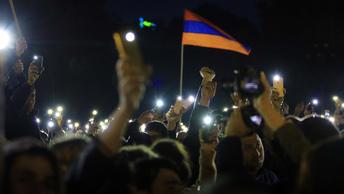 Оппозиция Армении призвала к глобальным забастовкам без столкновений и насилия