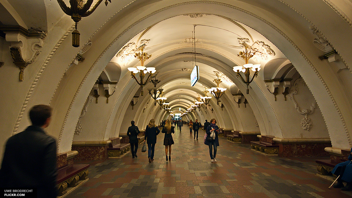 В Петербурге проверяют станцию метро Приморская