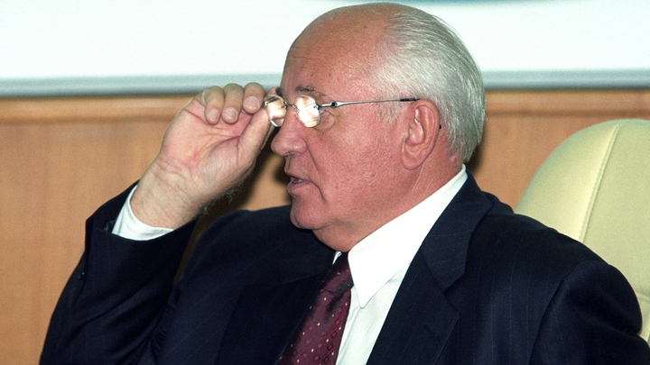 Только просьба о помиловании: В Сети язвительно указали Горбачёву, о чём ему следовало бы просить Путина