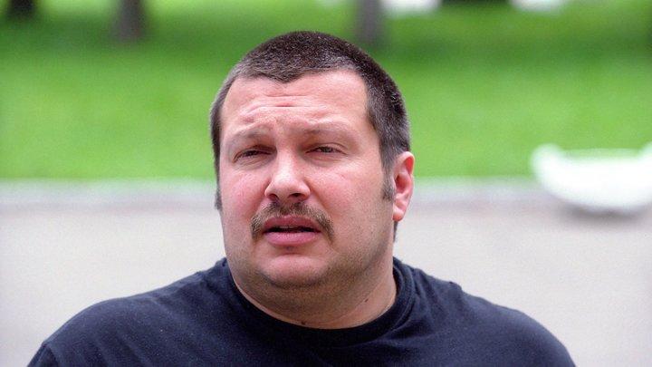 Совершенно другой человек: Шнуров рассказал о приросшей маске Соловьёва