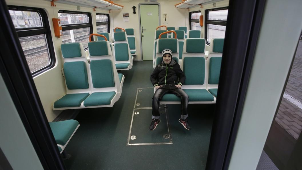 В семь вечера в Ленобласти восстановили движение поездов