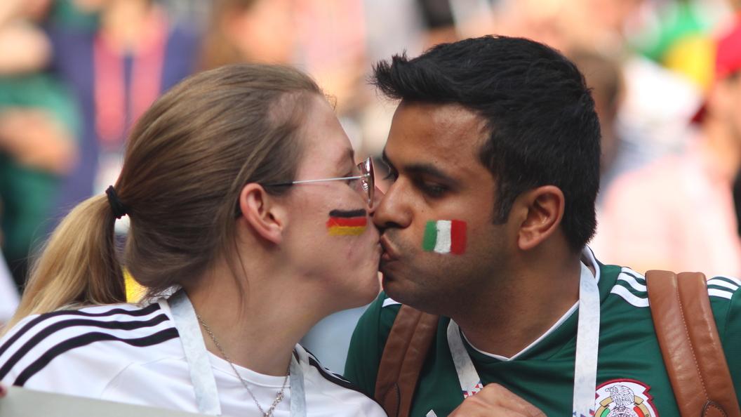 ФИФА обвиняет фанатов из Мексики в гомофобных кричалках на ЧМ-2018