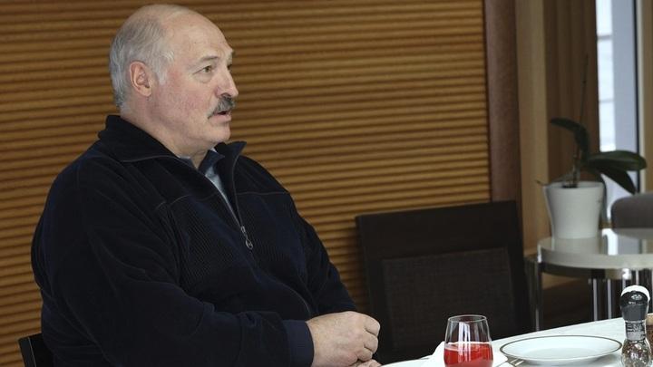 Лукашенко рассказал, как был готов сорвать Беловежское соглашение