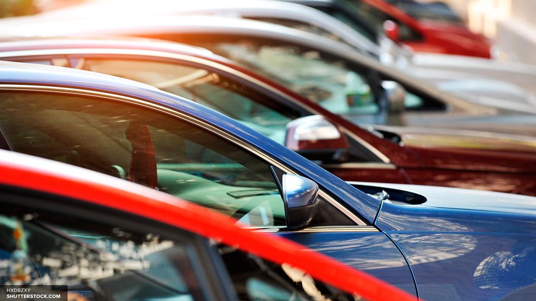 Красный не вошел в топ-5 популярных автомобильных цветов в России