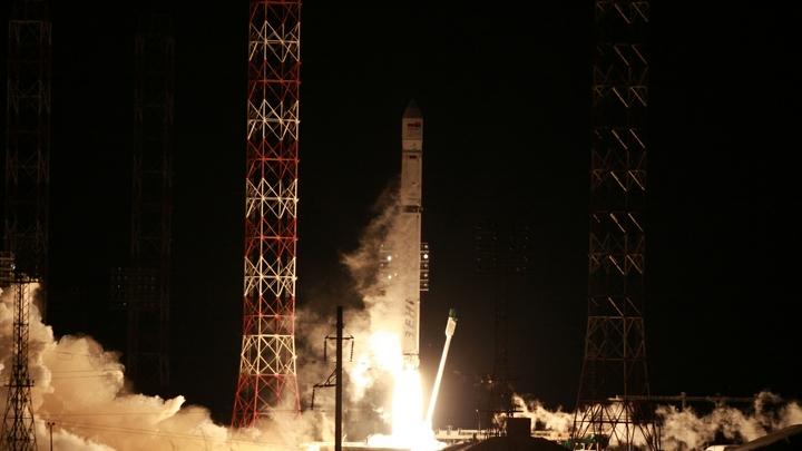 СМИ: Проблемы со связью со спутником Ангосат возникли из-за нестыковки регламентов