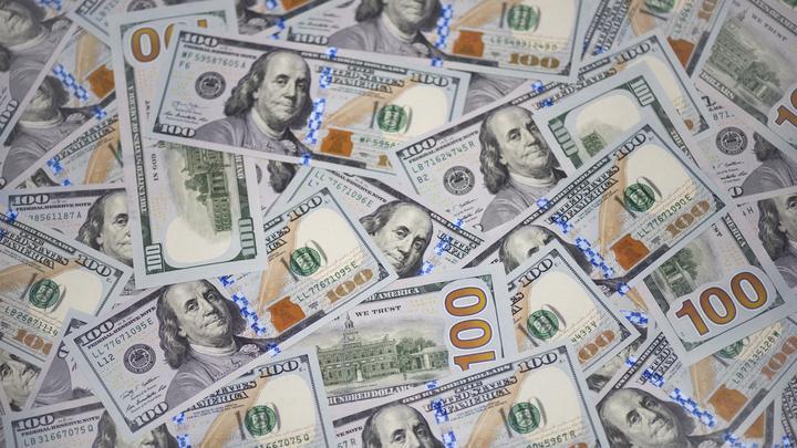 Жизнь взаймы: Госдолг США пробил потолок в 21 триллион долларов