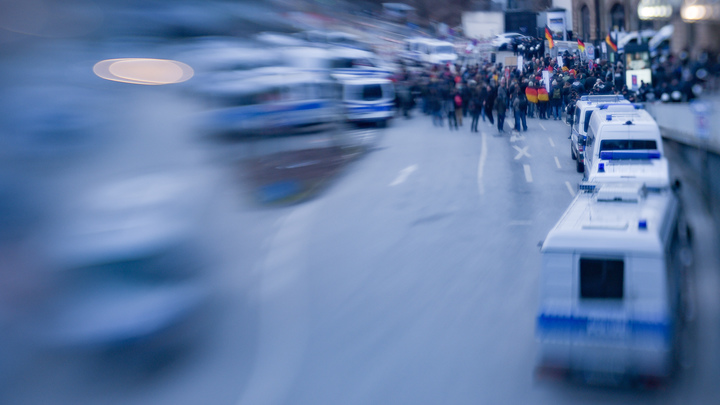 В Берлине после теста на тормоза задержали автобус с российскими туристами