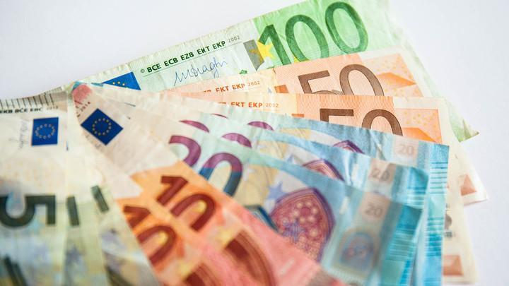 Курс евро побил весенний рекорд стоимости