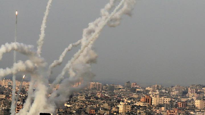 По Израилю выпустили несколько сотен ракет