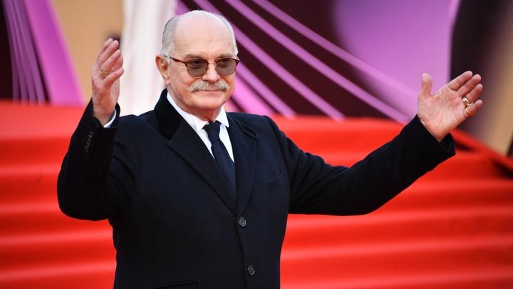 Русским может быть только тот, у кого чего-нибудь нет: Никите Михалкову - 75
